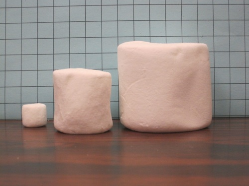 Three marshmallows: mini, regular and giant